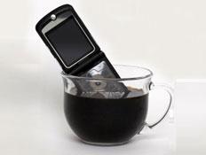 טלפון בכוס קפה