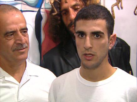 דרור ואביו יעקב אלפרון (צילום: חדשות)
