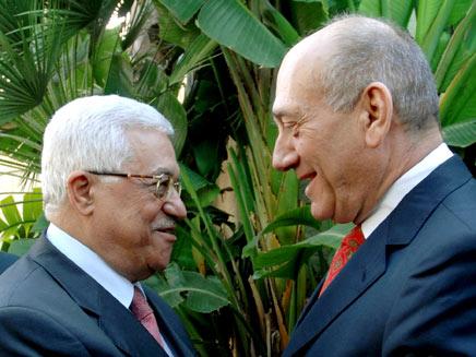 אולמרט ואבו-מזאן, על מה הם יסכימו ביניהם? (צילום: רויטרס)