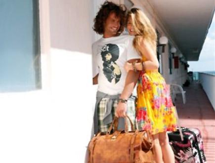 בר רפאלי ונעם תור מצטלמים לפוקס קיץ 2009 (צילום: יניב אדרי)