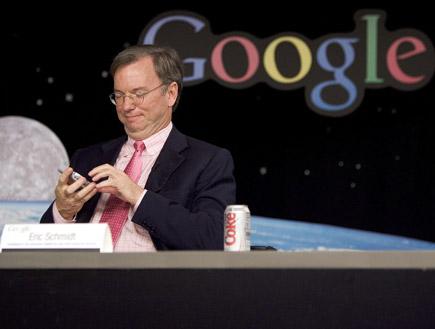 אריק שמידט על רק לוגו גוגל (צילום: David Paul Morris, GettyImages IL)