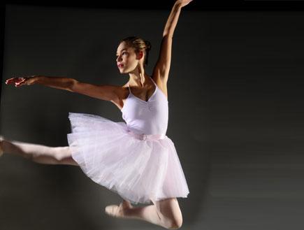 רקדנית בפרומו מלחמת העולמות (יח``צ: רונן אקרמן)