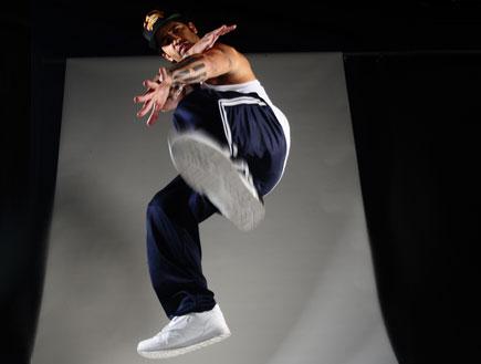 רקדן בפרומו מלחמת העולמות (צילום: רונן אקרמן,  יחסי ציבור )