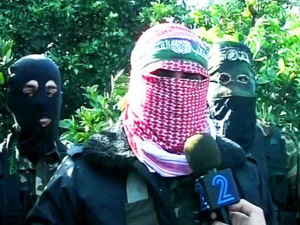 אבו עוביידה - רעול פנים בראיון לחדשות 2 (צילום: החדשות 2)