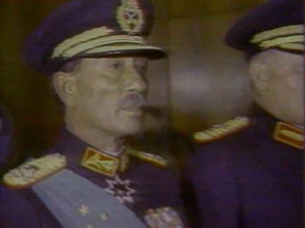 סאדאת אנואר נשיא מצרים שנרצח על ידי תנועת האחים המוסלמים מתוך ו (תמונת AVI: חדשות)