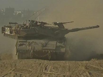 טנק לקראת פעולה בעזה