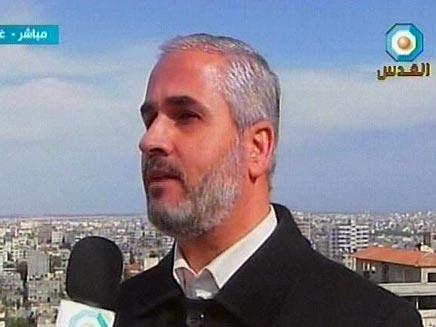 דובר חמאס ברהום. נאום מוקלט (צילום: שידורי הטלויזיה הערבית)
