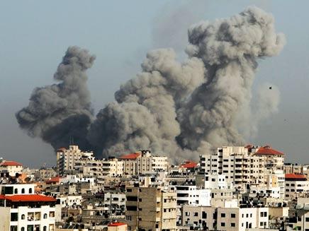 הפצצה בעזה. ארכיון (צילום: רויטרס)