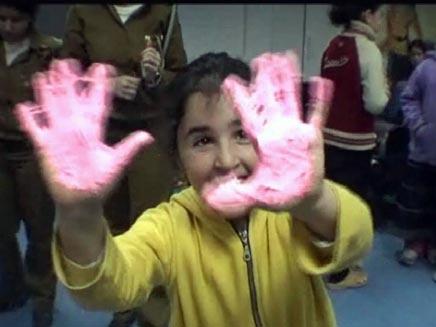 ילדים באשקלון בעת התקפות צהל בעזה (צילום: חדשות 2)