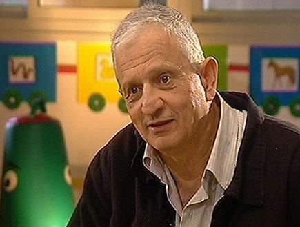 ראיון עם נחום ברנע (תמונת AVI: עובדה)