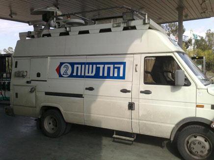 ניידת שידור של חברת החדשות (חדשות 2) (צילום: חדשות 2)