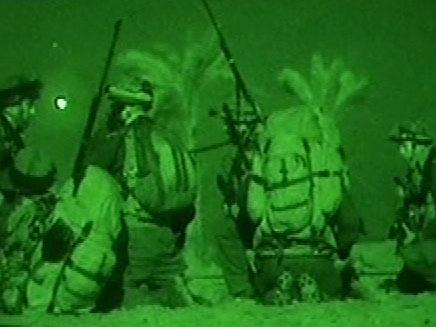 """חיילי צה""""ל בפעילות לילית (צילום: דובר צה""""ל)"""