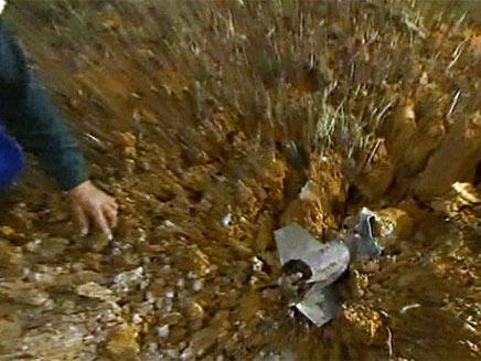 """קסאם נחת בשער הנגב, צה""""ל הגיב בירי (צילום: חדשות 2)"""