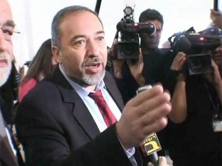 אביגדור ליברמן בבית המשפט העליון בירושלים (צילום: חדשות 2)