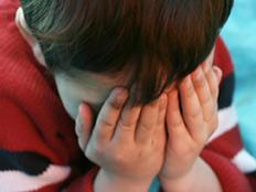 להסביר לילד את המצב. אילוסטרציה (צילום: Alexey Yuzhakov, Shutterstock)