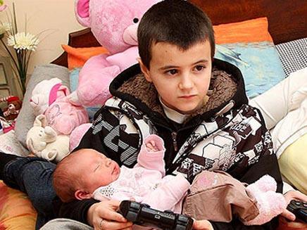 אלפי ובתו מייסי (צילום: חדשות 2)