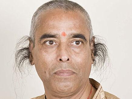 שיער האוזניים הכי ארוך (צילום: metro)