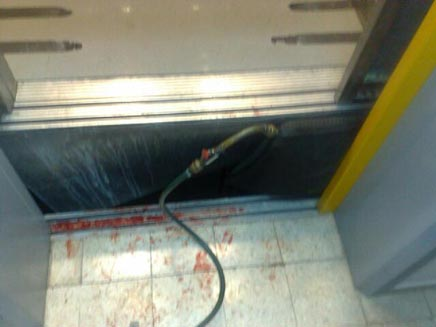 נורה למוות במעלית, אילוסטרציה (צילום: חדשות2)