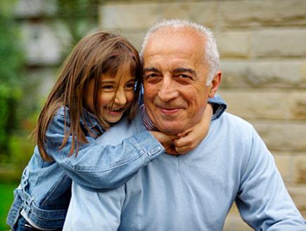 אב ובתו (צילום: naphtalina, Istock)