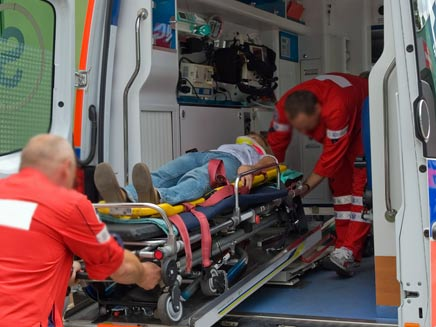 פגע בהולכות רגל - ונמלט. ארכיון (צילום: ymphotos, Shutterstock)