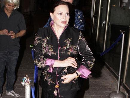 גילה אלמגור, מסיבת תחפושות, הבימה, פורים 2009 (צילום: אלעד דיין)
