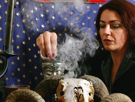 מכשפה (צילום: Ryan Pierse, GettyImages IL)