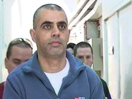 משה לילי קצין כיבוי אש שסייע למשפחת פשע (צילום: חדשות 2)