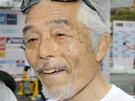 יפני רץ 52 מרתונים ב52 ימים (צילום: THE JAPAN TIMES)