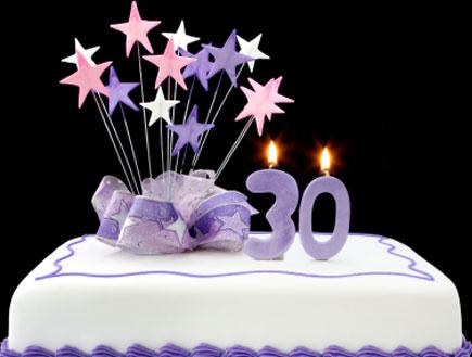 עוגה לגיל 30 (צילום: robynmac, Istock)