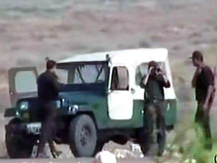 שוטרים מצריים מחפשים פעילי חיזבאללה (חדשות 2) (צילום: חדשות 2)