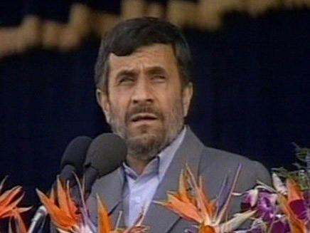 """לא ינהל מו""""מ תחת לחץ. אחמדינג'אד (צילום: הטלויזיה האירנית)"""