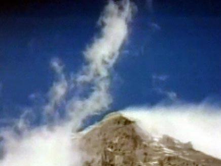 פסגת הר האוורסט (צילום: חדשות 2)