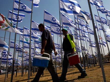 7.7 מיליון ישראלים חיים פה (צילום: רויטרס)