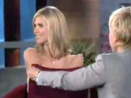 אלן דג'נרס מפשיטה את היידי קלום (צילום: חדשות 2)