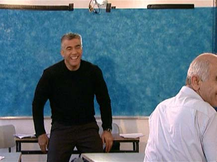 יאיר לפיד בשיחה עם מורים (צילום: חדשות 2)
