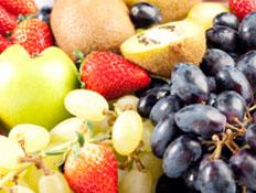 פירות קיץ (צילום: ZQFotography, Istock)