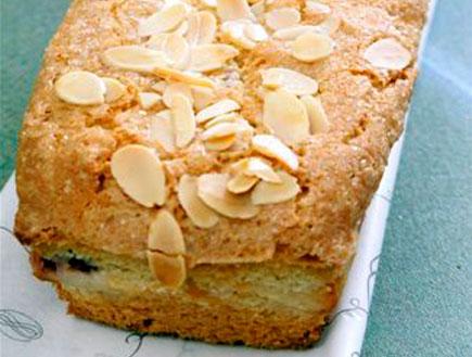 עוגת ריקוטה ודובדבנים של לחם ארז (יח``צ: דניאל לילה)