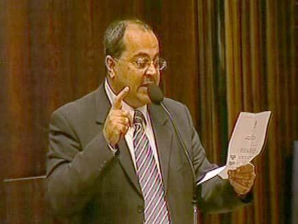 אחמד טיבי מדבר היידיש (צילום: חדשות 2)