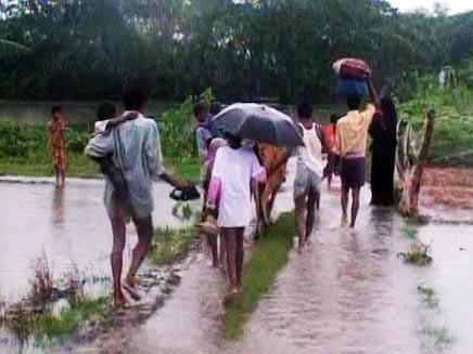שטפונות בבנגלדש (צילום: חדשות 2)