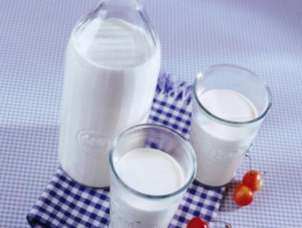 חלב (צילום: John Foxx, GettyImages IL)