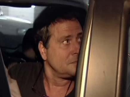 דודו טופז בדרך למעצר (צילום: חדשות 2)
