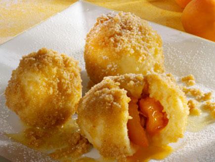 כופתאות משמש ותפוחי אדמה (צילום: Foodcollection RF, GettyImages IL)