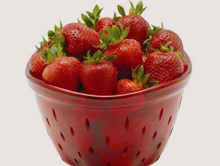 """קערה לשטיפת תותים של אנטר- עיצוב לקיץ (יח``צ: יח""""צ ENTER)"""