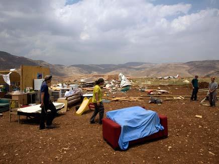 פינוי מאחזים ביהודה ושומרון, ארכיון (צילום: רויטרס)