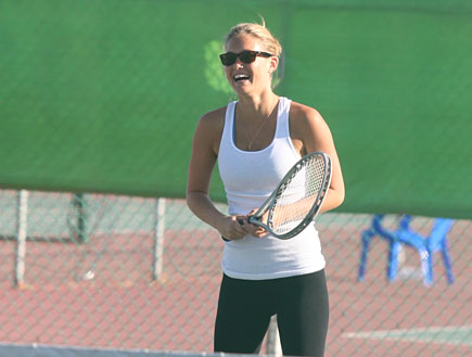 בר רפאלי משחקת טניס, פפראצי (צילום: אורי אליהו)