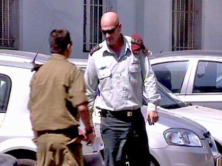 משה צ'יקו תמיר בקרייה בתל אביב (צילום: חדשות 2)