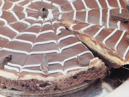 עוגת קרם על קרם של פסקל (צילום: עוגת השבוע בהוצאת מודן)
