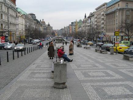 פראג - שדרת רחוב ראשי (צילום: לי רותם)