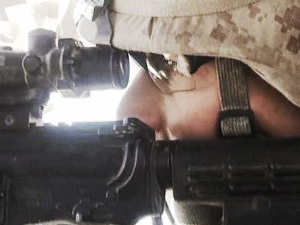 """""""אני גאה בכם"""", חייל אמריקני באפגניסטן (צילום: חדשות 2)"""