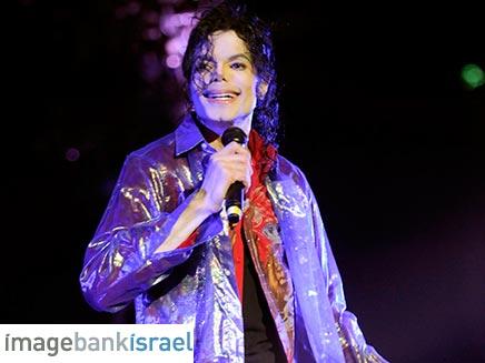 מייקל ג'קסון בחזרתו האחרונה לפני שמת (צילום: קווין מצור - AEG - GettyImages)